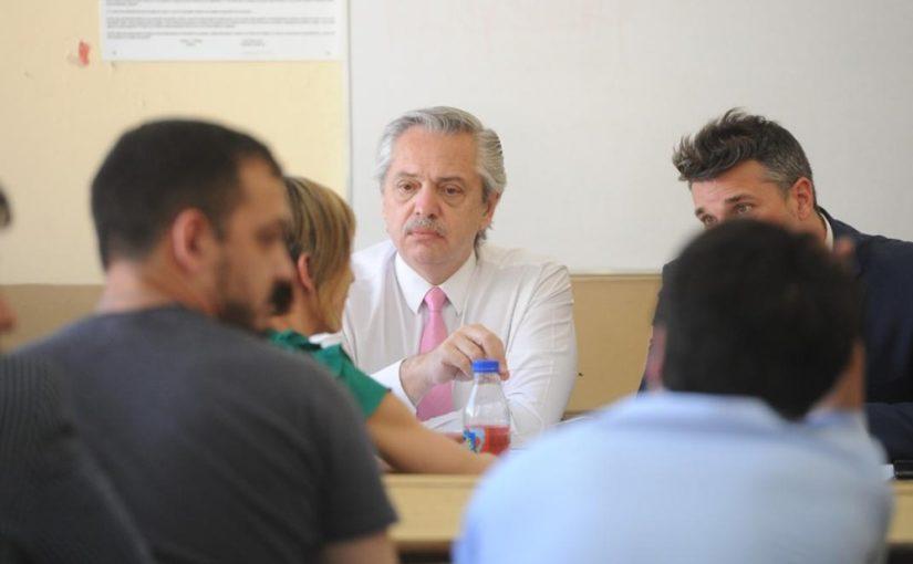 Alberto Fernández tomó exámenes en la UBA: aprobó a todos sus alumnos
